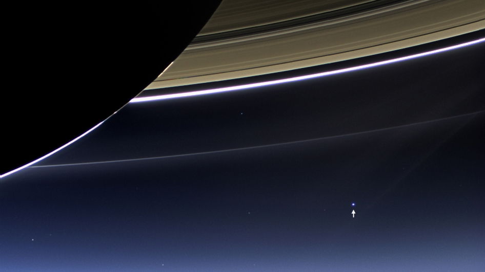 earth-saturn-cassini-7-19-2013